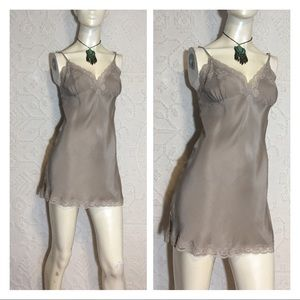 27ddb89d21901 Gold Hawk Dresses - Gold Hawk Boutique Couture 100% Silk Slip Dress